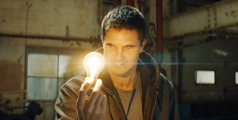 code-8-robbie-amell